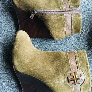 Authentic Tory. Burch Green Booties